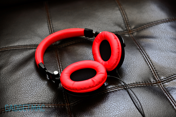 Headphones Top Earcups
